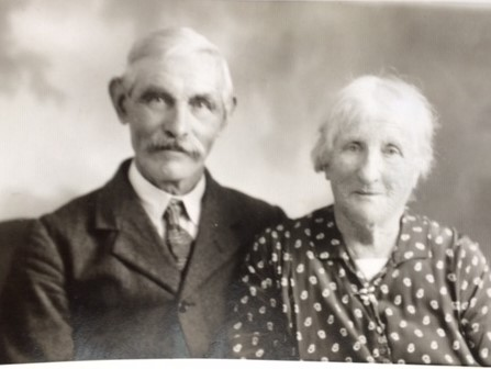 Edgar's parents, David and Elizabeth Thomas